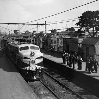 An image I found of the Dandenong Station from the 50's.
