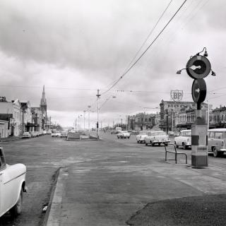 An image I came accross of Queen's Parade, Clifton Hill from 1960.